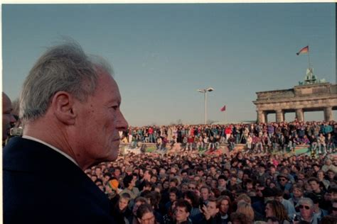 Willy Brandt, the fall of the Berlin Wall and the German