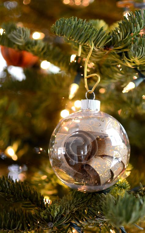 10 Crafty Ideas for Clear Ornaments – Craft Outlet
