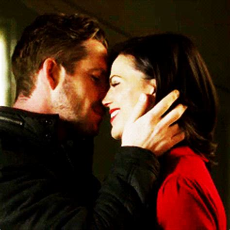 Robin Hood and Regina | Best Kisses on Once Upon a Time
