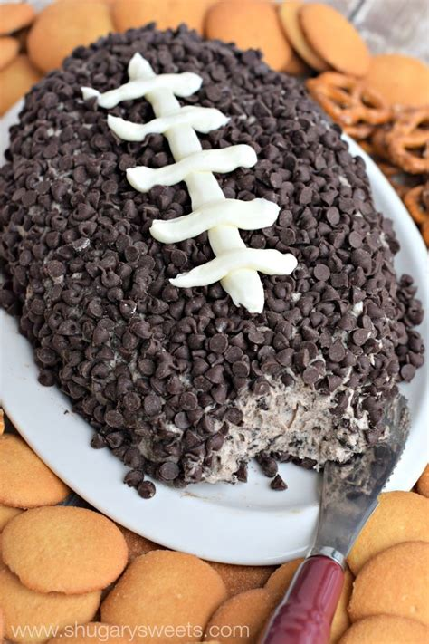 This Cookies and Cream Cheese Ball is fun and delicious